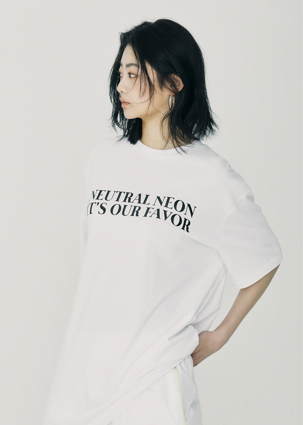 NEUTRAL NEON Over Fit T-Shirt White